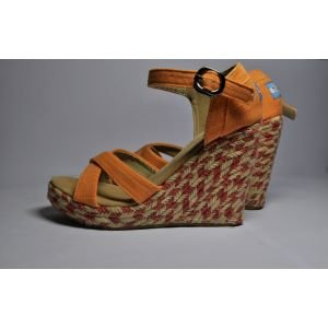 Orange Wedges Women